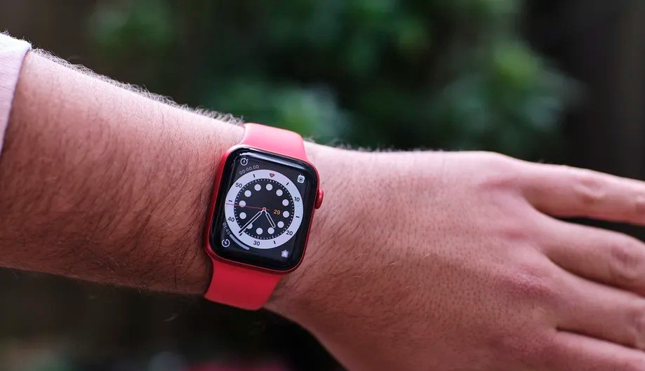 Apple reportedly mulls rugged smartwatch coming as soon as this year